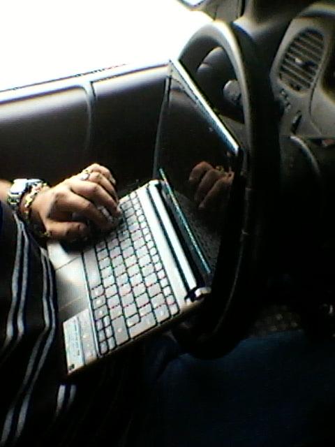 Nossos carros viram nossos escritórios, em Manaus