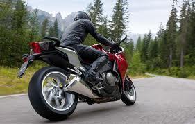 O motociclista (III)
